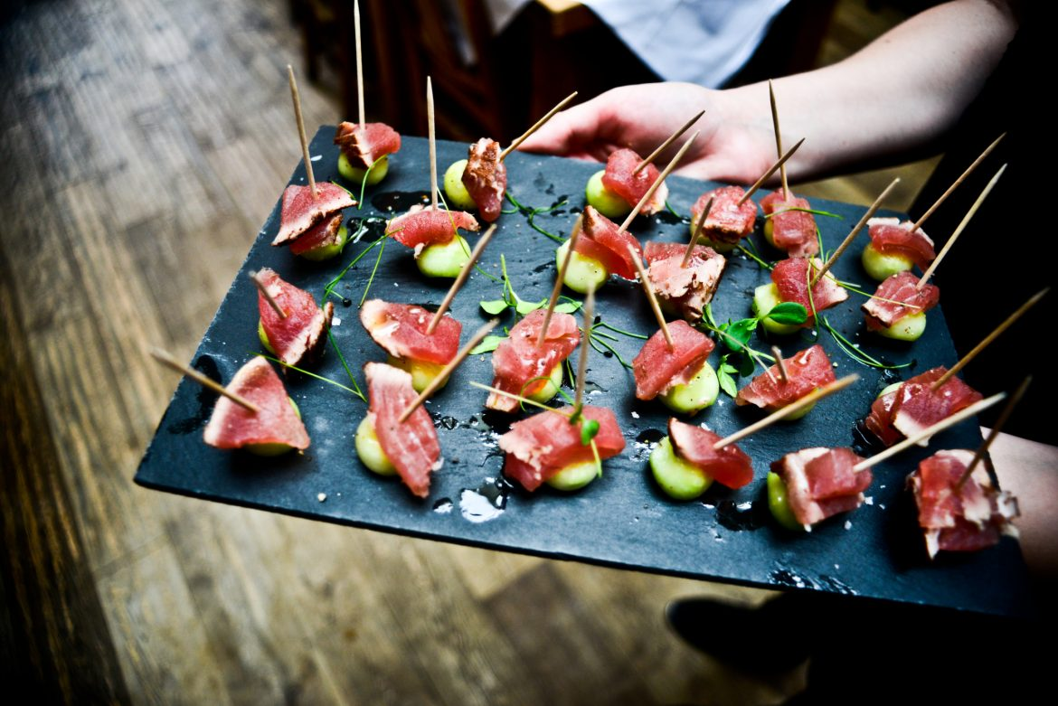 What to Expect from a Private Catering Service?