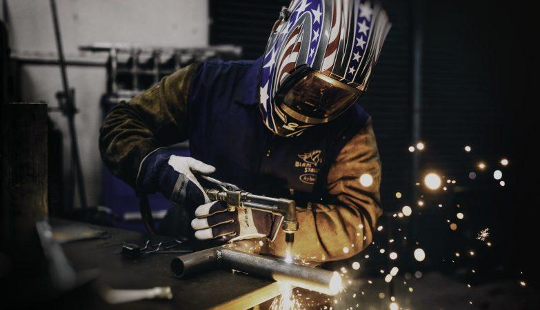 The benefits of welding machine rental